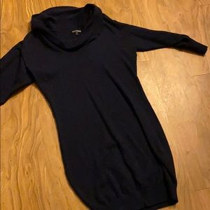 Sweater dress! Gorgeous and figure flattering